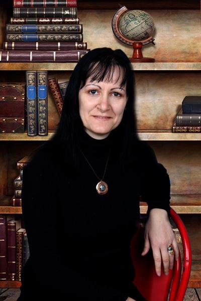 Десислава Чешмеджиева-Стойчева